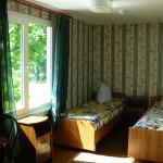 Домик №8, комната 1.