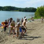 Игры на пляже.